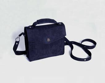 Small Messenger Bag • Small Everyday Bag • Small Crossbody Bag  • Shoulder Bag • Structured Bag •