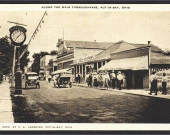 Put-in-Bay Ohio Main Street with Photo Postcard Store 1910s Postcard