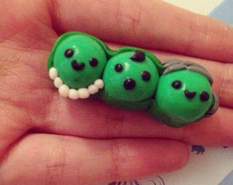 Clay peas in a pod charm