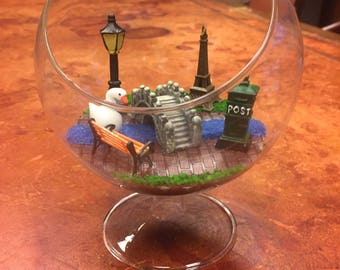Paris Scene Terrarium, collectibles