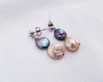 Fresh Water Pearl Earrings - Beige & Black