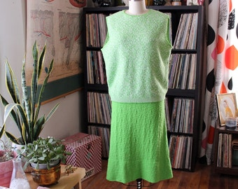 60s 70s lime green sweater set . vintage shell sweater and skirt . vintage volup plus size xl 1x