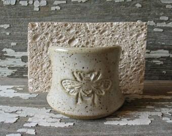 "Bee Pottery ""Spongette"" - Hand carved Kitchen sponge holder - Sink top sponge holder - Ceramic - Handmade Pottery"