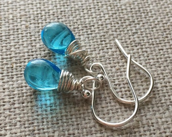 Aqua Blue Drop Earrings. Blue Bead Sterling Silver Earrings. Blue Briolette Drop Wire Wrapped Earrings