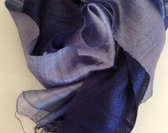Margilan Seide dunkelblau-silber Farbverlauf