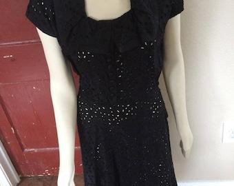 Vintage 50s LBD Black Eyelet Lace Classic Dress sz 8