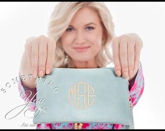 Monogrammed Crossbody Wallet - Personalized Wristlet, Vegan Leather Wristlet, Monogram Wristlet, Monogram Clutch, Crossbody Bag, Clutch