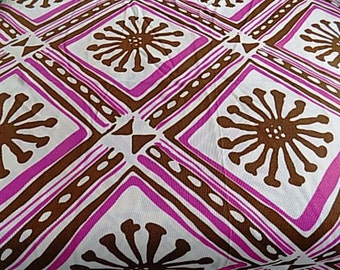 Vintage Polyester MOD Fabric - 1.44 yards