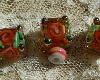 Handmade Glass Lampwork Beads by Catalinaglass SRA Floating Roses- Coral