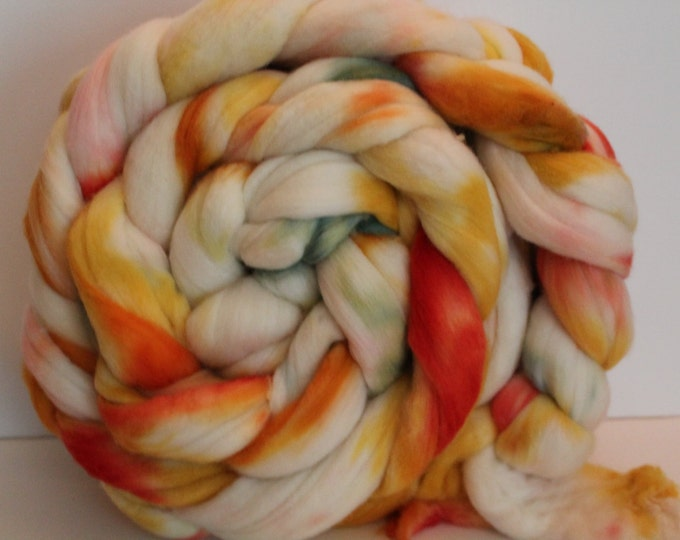 1lb. Super Fine Merino Wool Roving. Top. Spin. Felt. Super Soft. Kettle Dyed. 19 Micron Count. M50