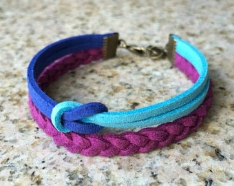 Modern Unisex Nautical Knot Braided Faux Suede Cord Bracelet - Navy / Sky Blue / Purple - Antique Brass