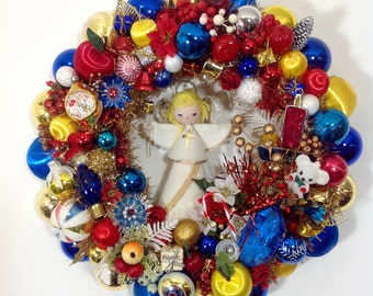 Primary Angel Vintage Ornament Wreath