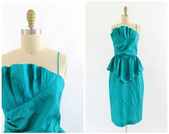 vintage 1980s kelly green peplum party dress | 80s strapless or one shoulder party dress | small