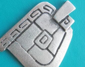 Greek Ancient replica Meandros Shield key design Pewter Pendant x 1