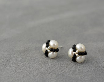 Pearl stud earrings, pearl studs, Silver post earrings, Silver 925, Sterling silver posts, tiny earrings, black and white earrings
