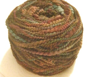 Purple Yarn JAVE Cherry Tree Hill Wool Yarn Hand Dyed Purple Green Wool Yarn Thick & Thin