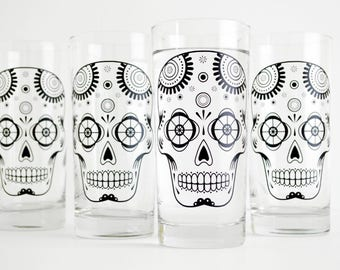 Sugar Skulls - Set 4 Glasses, Día de Muertos, Day of the Dead Glasses, Halloween Glasses, Halloween Glassware Halloween Party, Gifts for him