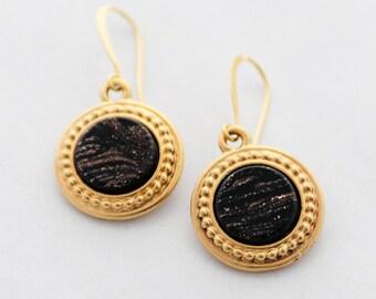 Black and Gold Earrings, Glass Earrings, Minimalist Round Gold Earrings, Vintage Glass, Classy Jewelry, Classic Earrings, Floral Earrings