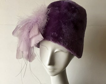 1960s Bucket Hat in Lilac Faux Fur with Matching Feather Waterfall Bramson MOD Ladies Accessories