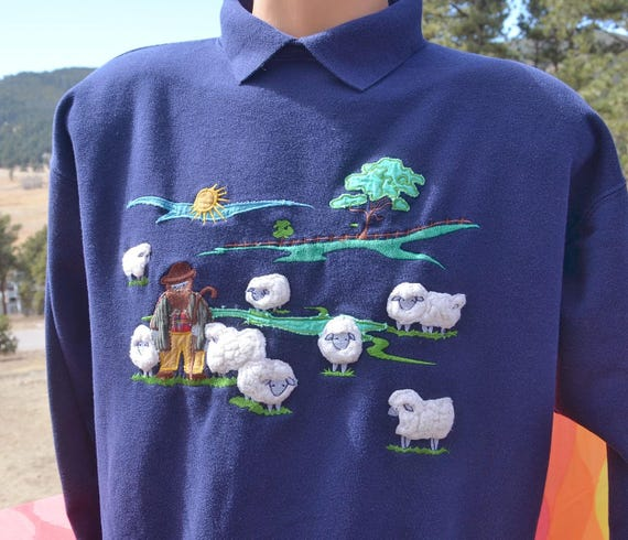 vintage 80s sweatshirt SHEPHERD farmer furry sheep 3-D applique novelty built in collar Medium Large wtf