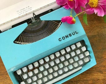 Writer's Block... Vintage Robin's Egg Blue Consul Portable Manual Typewriter Carrying Case Lock and Key Paperwork Works Mid Century Modern