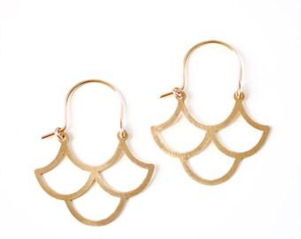 Minimalist Scalloped Wave Hoop Earrings - Brass | Stainless Steel | 14k Gold Filled | Sterling Silver