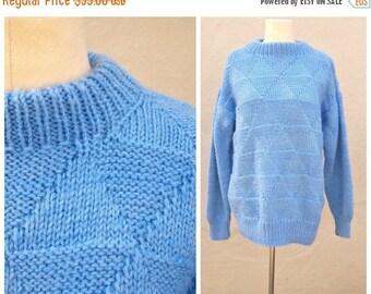 40% SALE Vintage chunky knit sweater / baby blue boyfriend sweater / hand knit, diamond pattern, light weight unisex, large lg