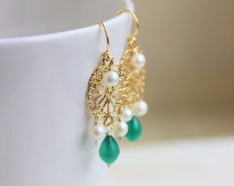 Valentines Day Sale Green Onyx Gemstone Freshawter Pearl Earrings Gold Filigree GE14