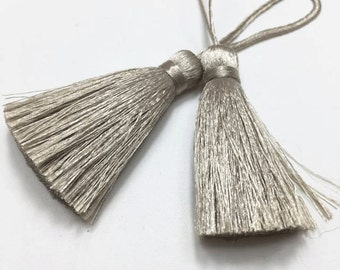 4 Pieces of Short Silk Tassel  - Number 107 Taupe Gray