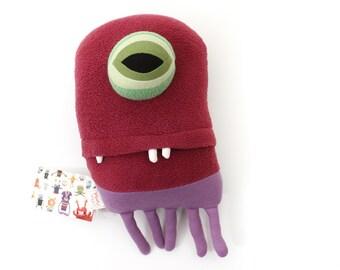 "Sea Creature Plush ""Hannah"" Jelly Cotton Monster"