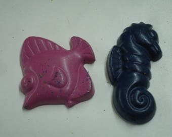 Fish and Seahorse Shape Crayons 2 Pieces