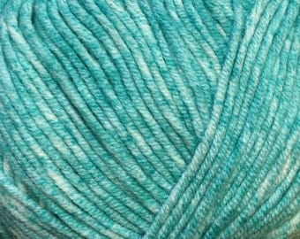 Turquoise Cascade Sarasota Cotton and Acrylic Tweed Yarn 314 yards color 05