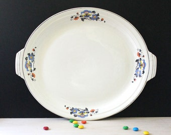 Art Deco Flowers. Vintage 1940s oval serving plate.