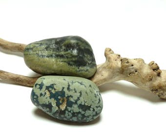 Slag Glass Rocks Sea Rocks SPECKLED MONSTER Leland Beach Stones Pebbles Art Zen Jewelry Tumbled Glass Rocks Large Lapidary