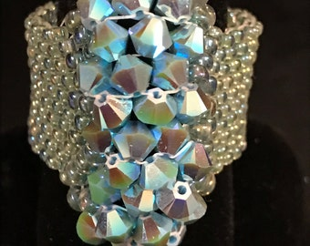 Beadwoven Hand Beaded Ring Glass Delicas & Genuine Swarovski Crystals sz 10-3/4 Blues AB Finish