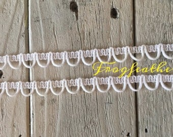 White Loop Trim -5/8 inch- 3 yards for 2.29