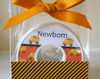 Baby Closet Dividers-set of 9-CONSTRUCTION THEMED-in Acrylic Gift Box
