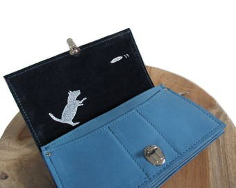 big blue leather wallet screenprint dog frisbee