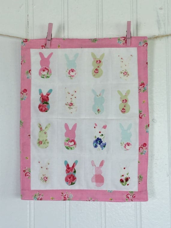Little Rabbit Applique Quilt - Spring Quilt Decoration