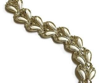 Leaf Link Enamel Bracelet Vintage Cream by Sarah Coventry