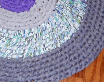 Lilac Oval Recycled Rag rug Toothbrush Amish Knot