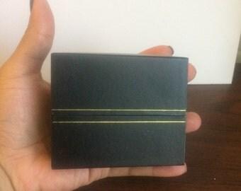 Bracelet Bangle White or Black Narrow Box