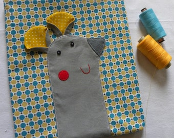 Mouse pouch on yellow and blue dots