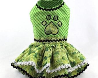 Dog Dress, Dog harness dress, Dog Fashion for small dog, Ruffle Dress for Dog, Handmade, Custom Dog Dress, St Patrick's Day, Clover, Green