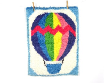 Hot Air Balloon Latch Hook Shag Rug Yellow Blue Green wall hanging 1970s Rainbow Colors Craft Folk Vintage Graphic Sewing Textile Art