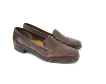 Brown Leather Shoes 1990s Slip On Leather Loafers Modern Minimal Preppy Chic Loafers Womens Size 9 Narrow