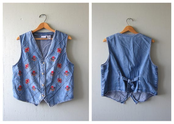 Vintage Embroidered Jean Vest 90s Flower Stitch Denim Tank Boho Button Up Sleeveless Shirt Tee Grunge Urban Hipster Women's Large