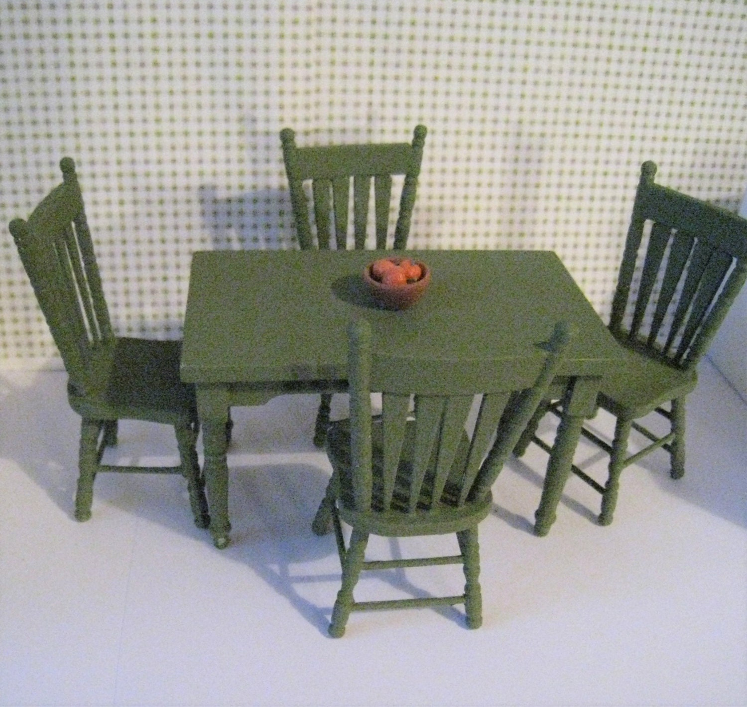 Kitchen Table Sale: Dollhouse Kitchen Table SALE Kitchen Chairs Round Table