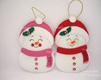 Snowman Felt Christmas Ornament, Snow Boy and Snow Girl Holiday Decoration with year 2017 - ONE ORNAMENT