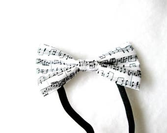 Musical Notes Elastic Bow Tie
